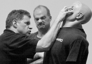 Mosley Knife Combatives_1387_edited-1